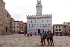 Montepulciano square after wine tasting