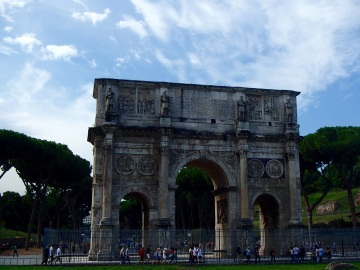 The Arch of Constantine outside the Colosseum