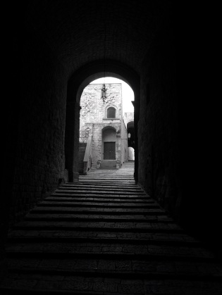 One of the many staired alleyways in the water castle in Naples